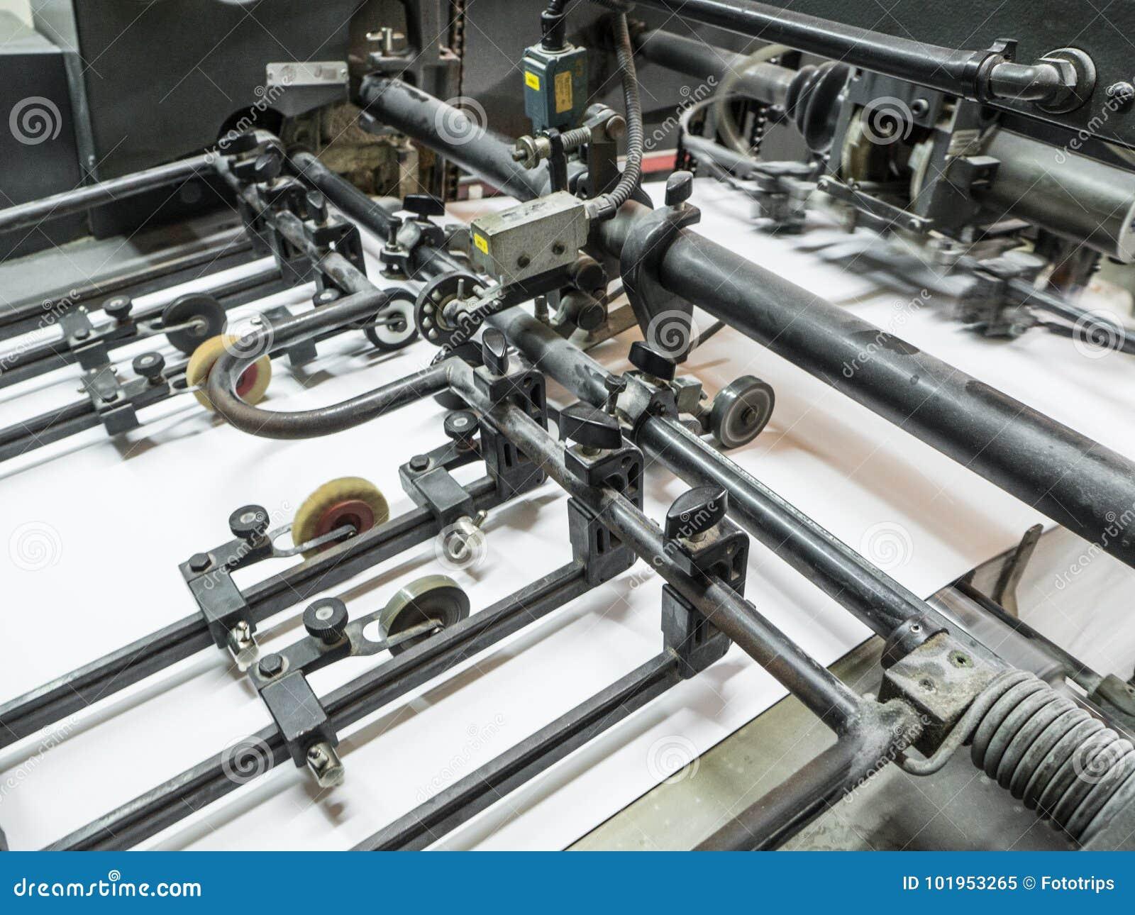 Machine de presse typographique