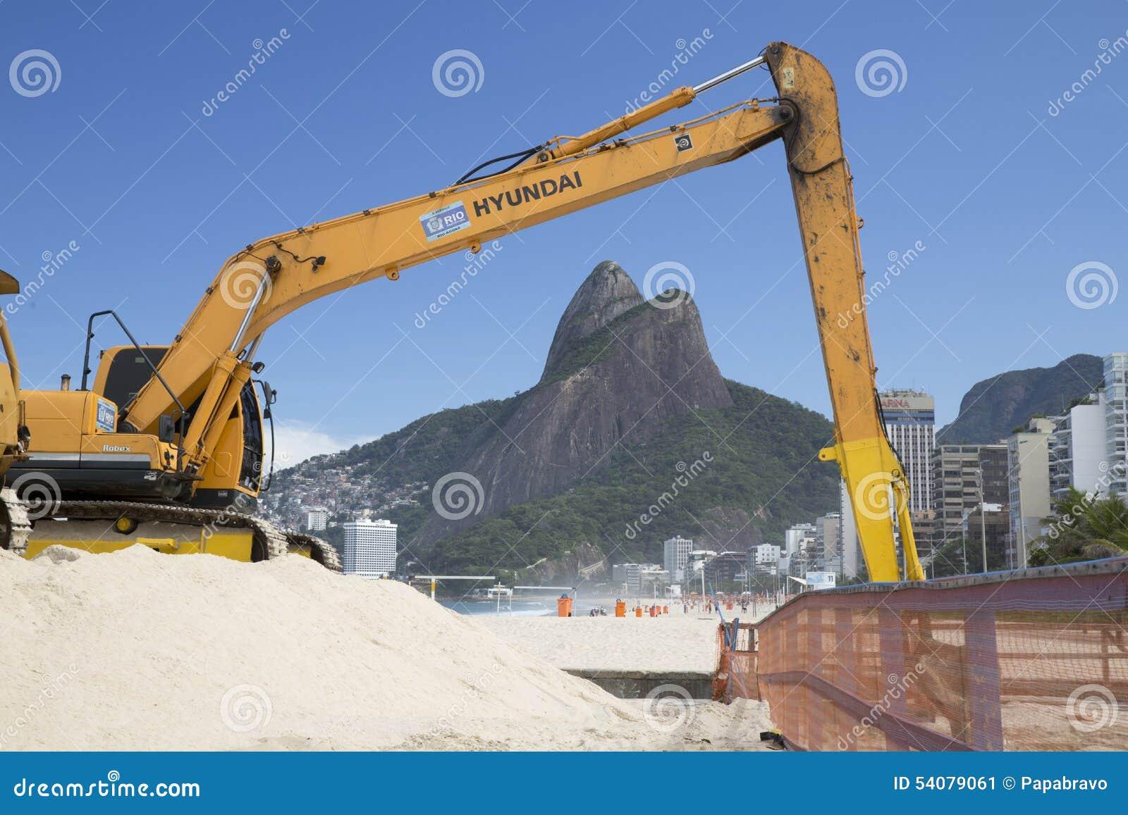 Machine die in Ipanema-Strand Rio de Janeriro werken