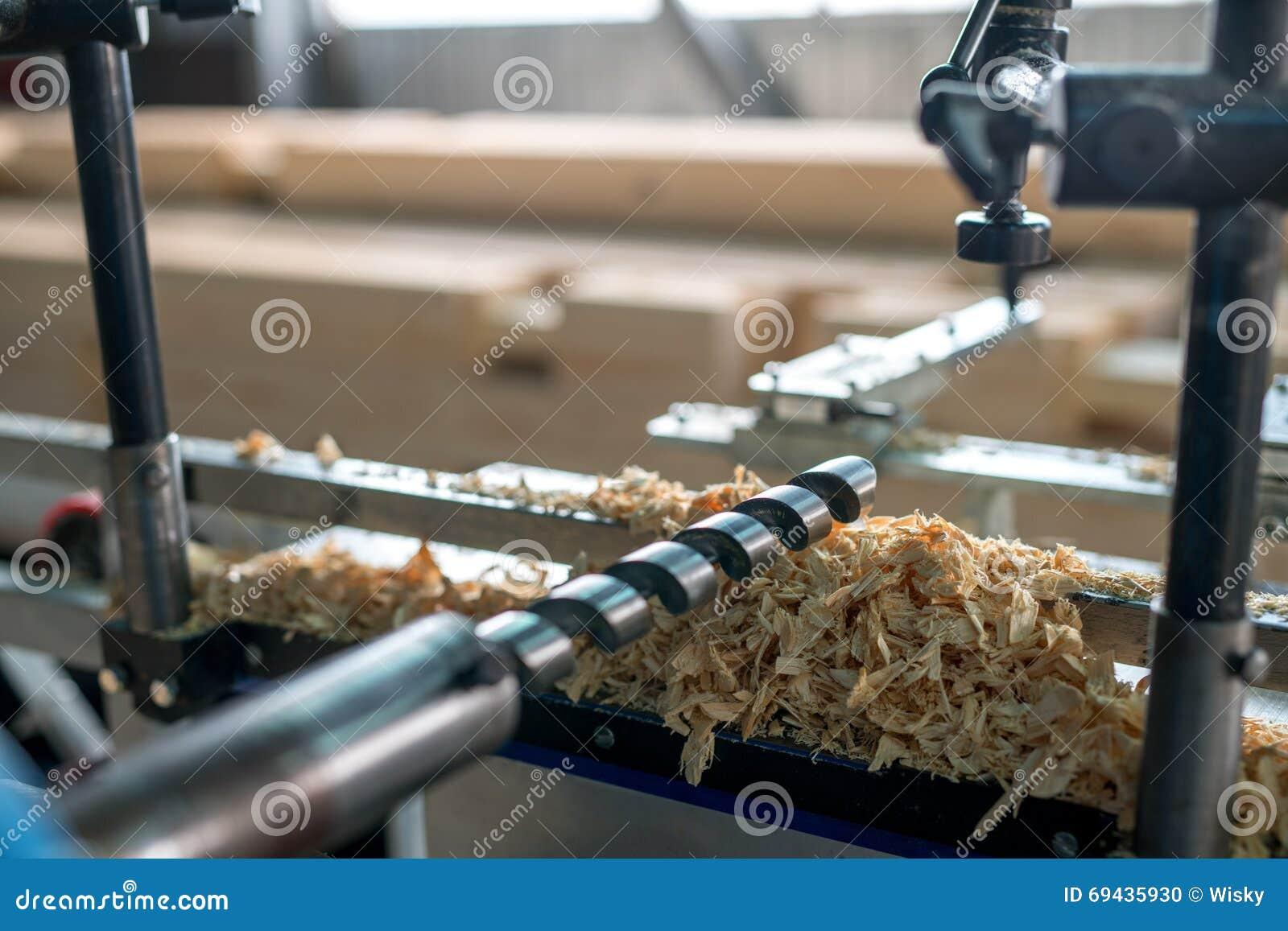 machine outil pour le travail du bois plan rapproch de foret photo stock image du industriel. Black Bedroom Furniture Sets. Home Design Ideas