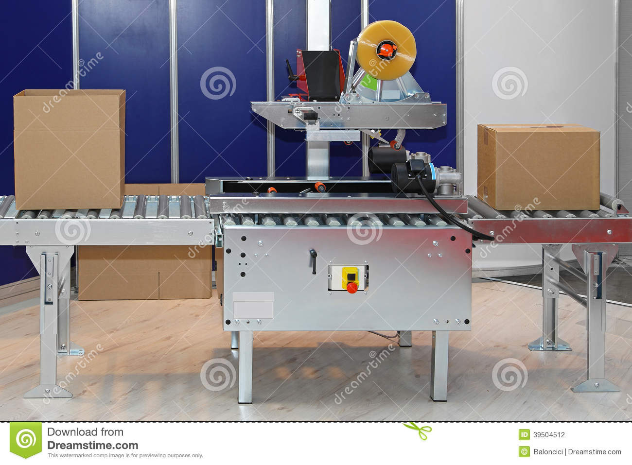 Machine packaging boxes