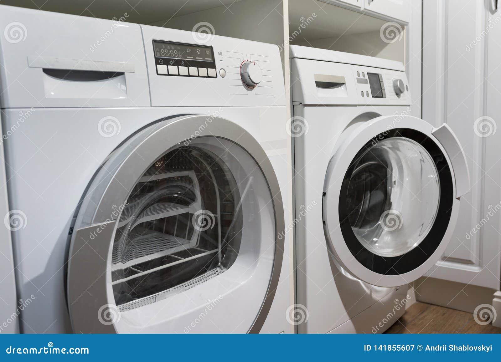 Machines à laver, dessiccateur et tout autre équipement d appareil ménager dans la maison