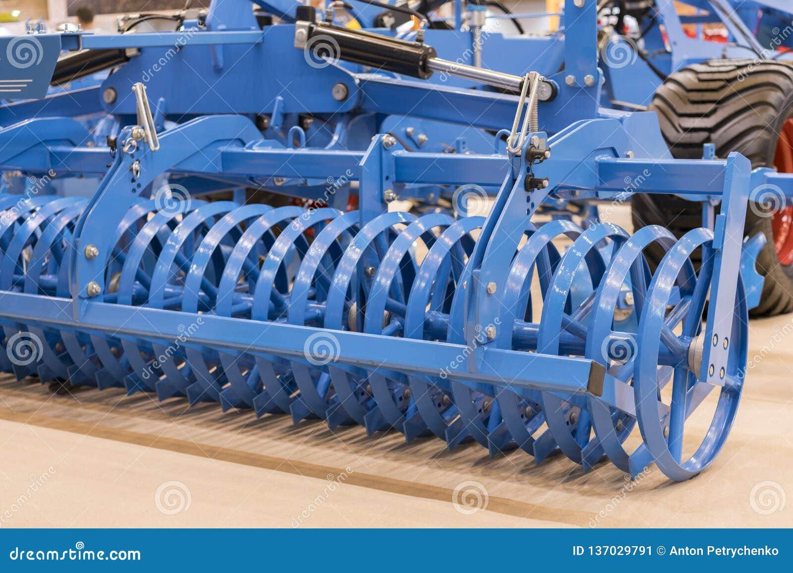 Machines agricoles pour la culture de sol Nouveaux modèles modernes des machines agricoles Nouvel équipement agricole