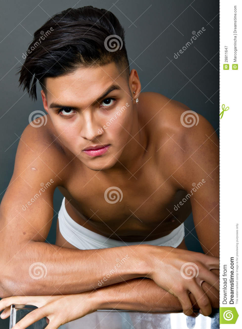 Macho Latino Royalty Free Stock Photography Image 28811647