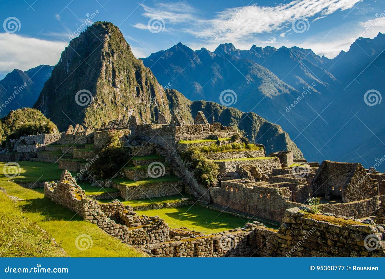 Machu famoso Picchu arruina, perto de Cuzco, o Peru