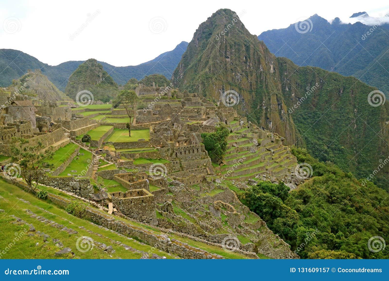 Machu Picchu i ottan, den berömda Inca Ruins i den Cusco regionen, Urubamba landskap, Peru