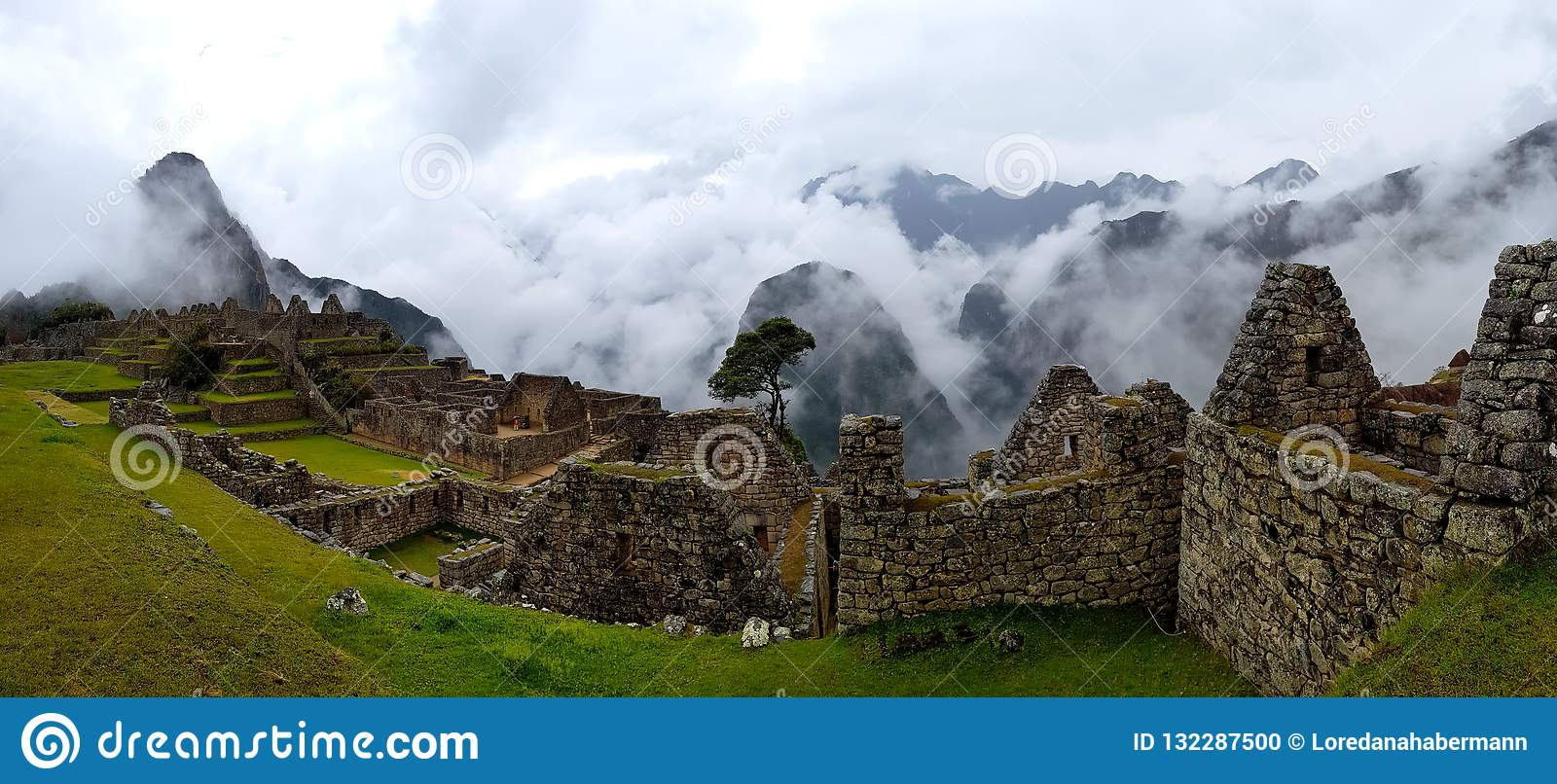 Machu Picchu, Incnca ruins in the Peruvian Andes