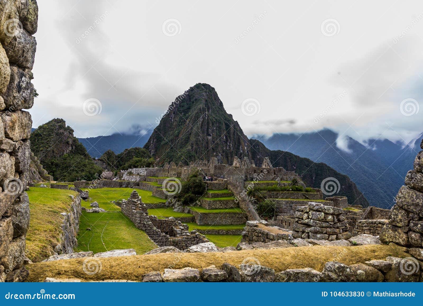 Download Machu Picchu In Peru Custo South America Stock Foto - Afbeelding bestaande uit oriëntatiepunt, berg: 104633830