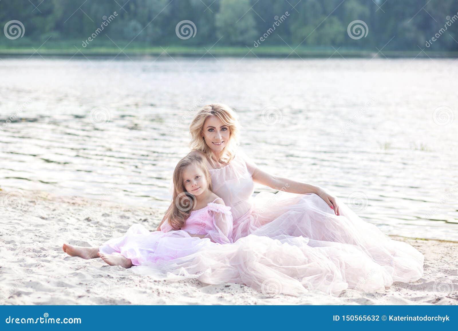 Macierzysty, jej mała dziewczynko i Rodzinny styl życia i