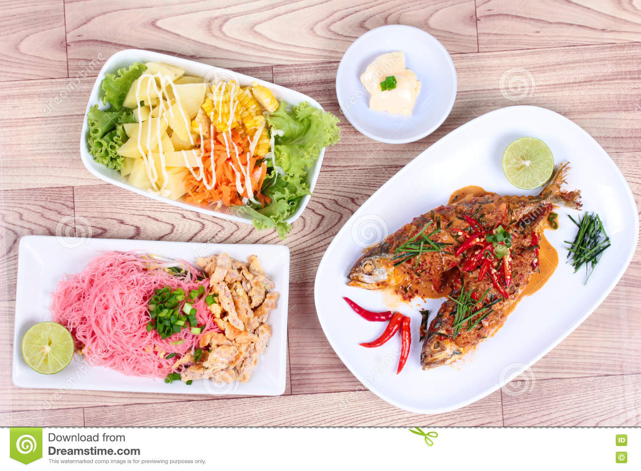 Fish dish with vegetable side salad stock photography for Side dishes for fish