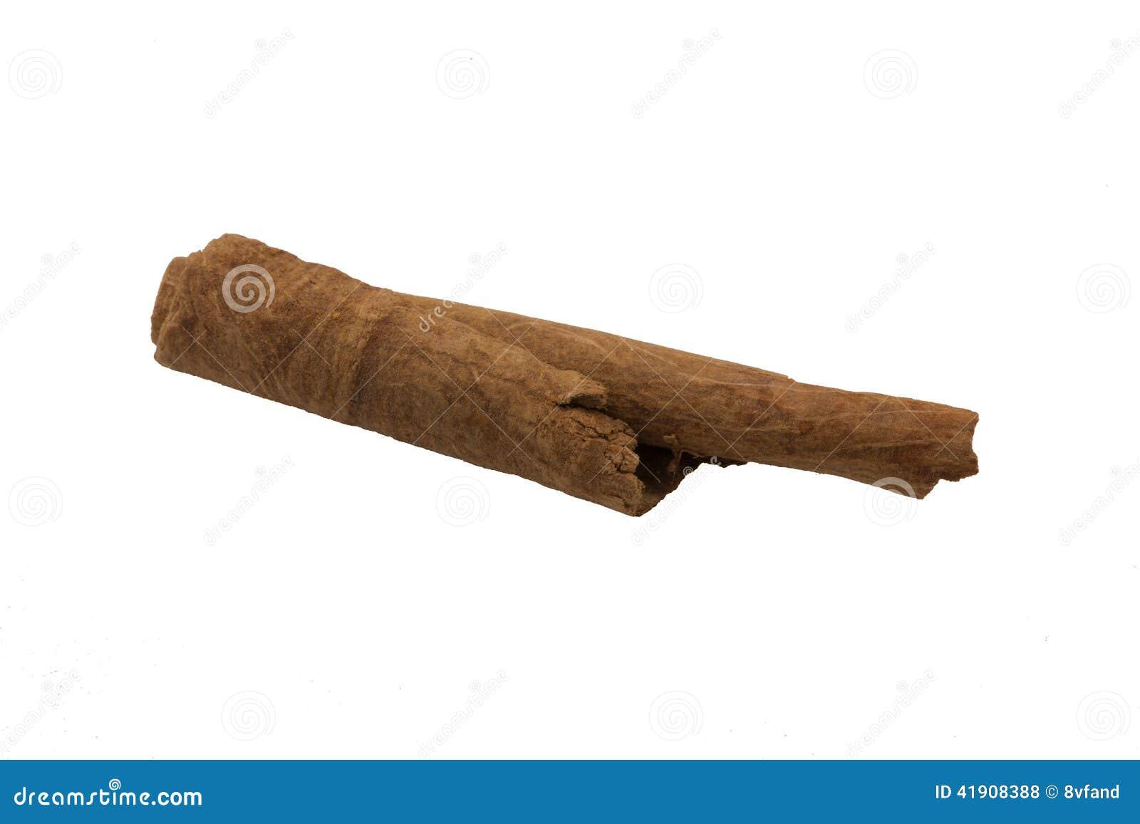 Macro de los palillos de canela aislada según lo cortado