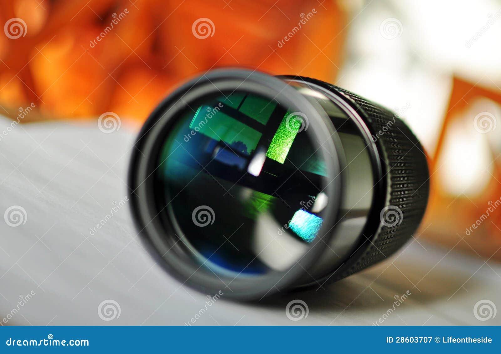 of a slr camera zoom lens Video Camera Lens Reflection