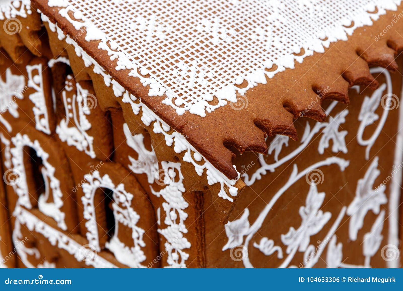 Download Macro Van Een Huis Van De Vakantiepeperkoek Stock Foto - Afbeelding bestaande uit geweven, kerstmis: 104633306