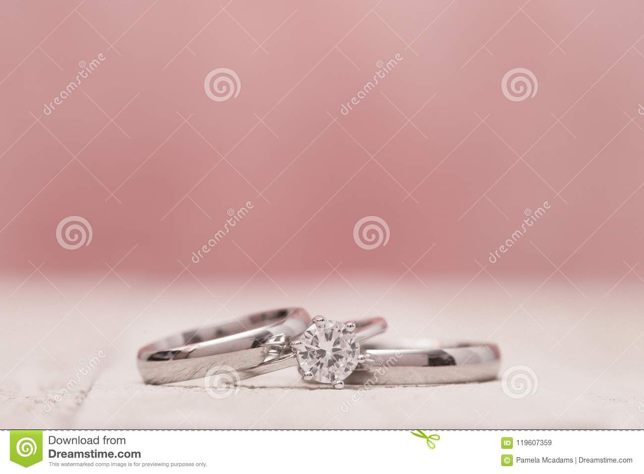Macro View Of Wedding Rings Stock Image - Image of covenant, bride ...