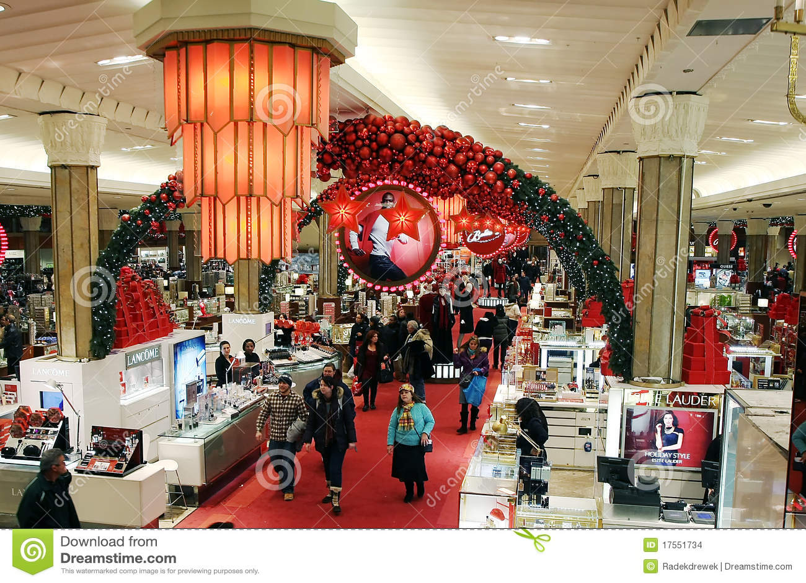 Macys Christmas Decoration Editorial Stock Image - Image: 17551734