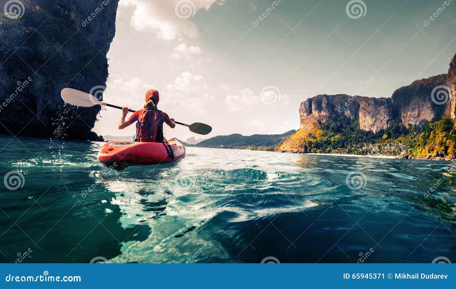 Madame avec le kayak