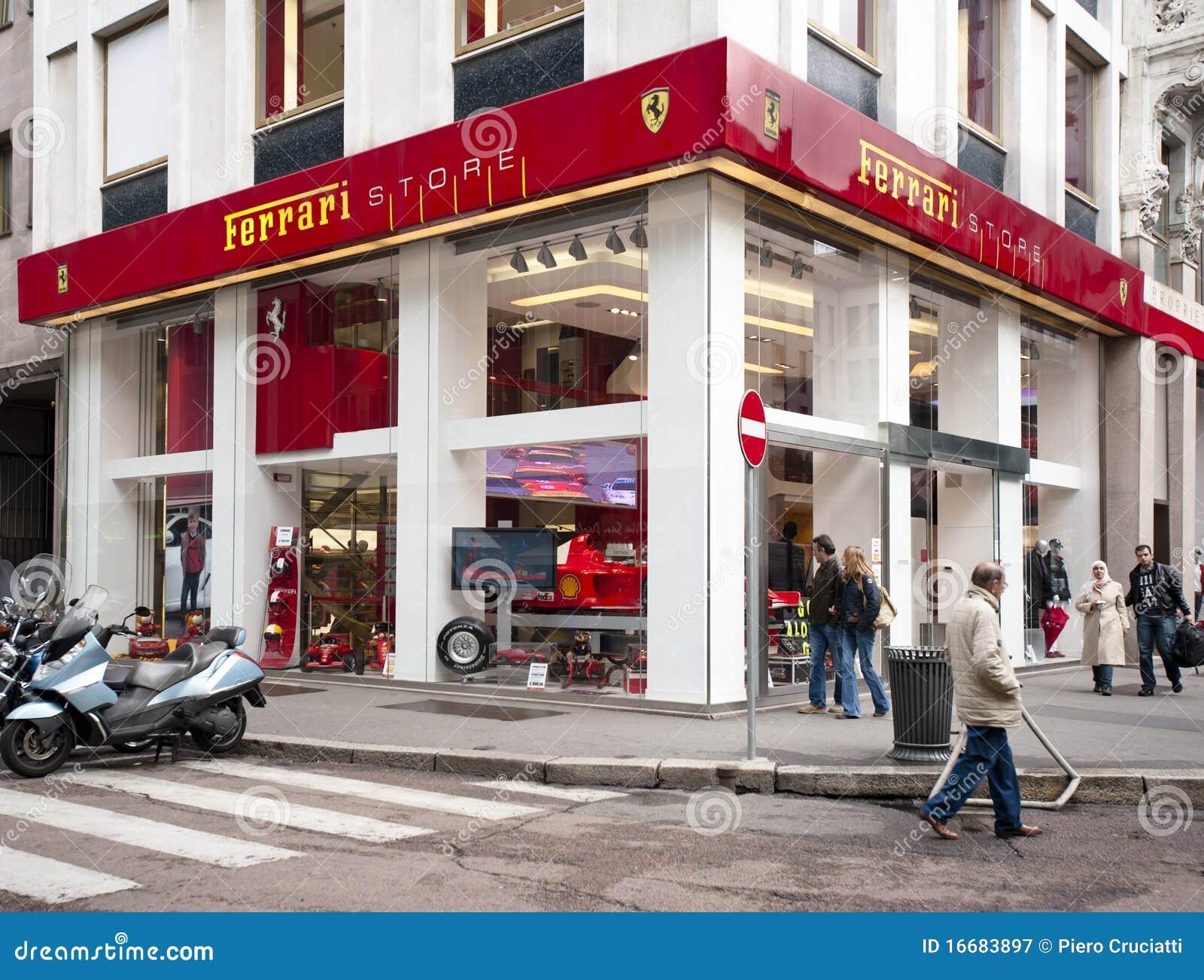 MADE IN ITALY  Ferrari Store f0f3ed40d