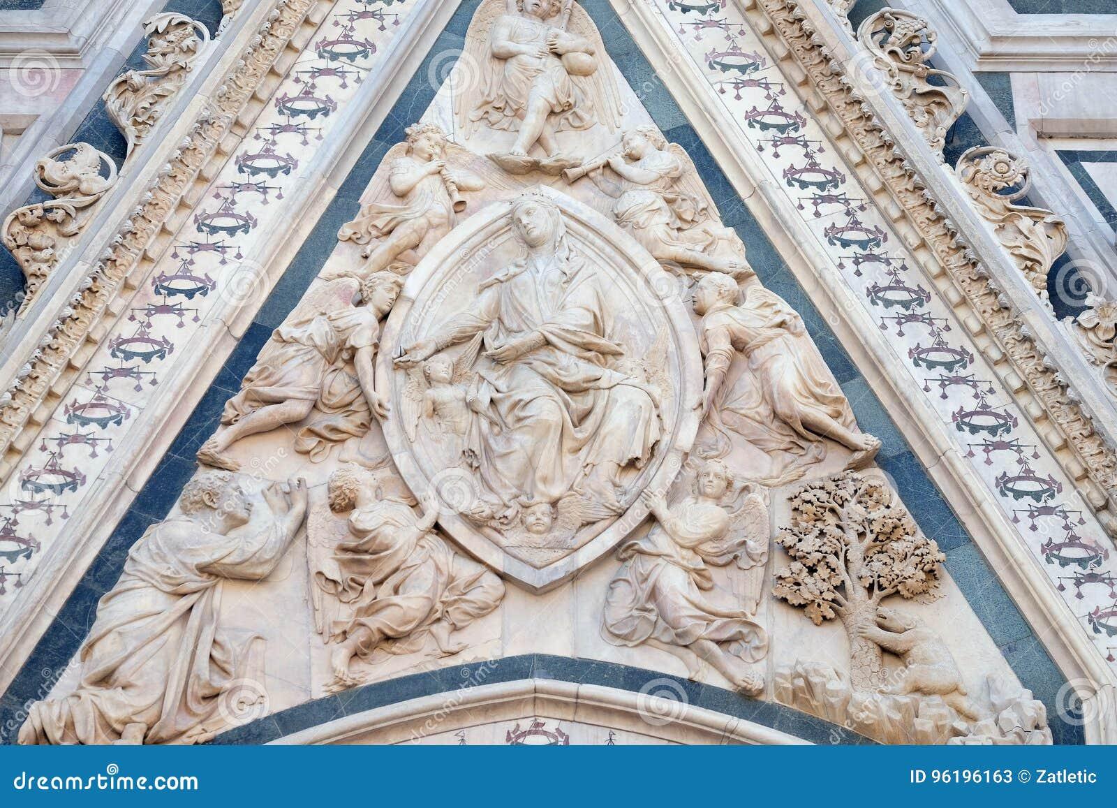 Madonna podpasanie, portal Florencja katedra