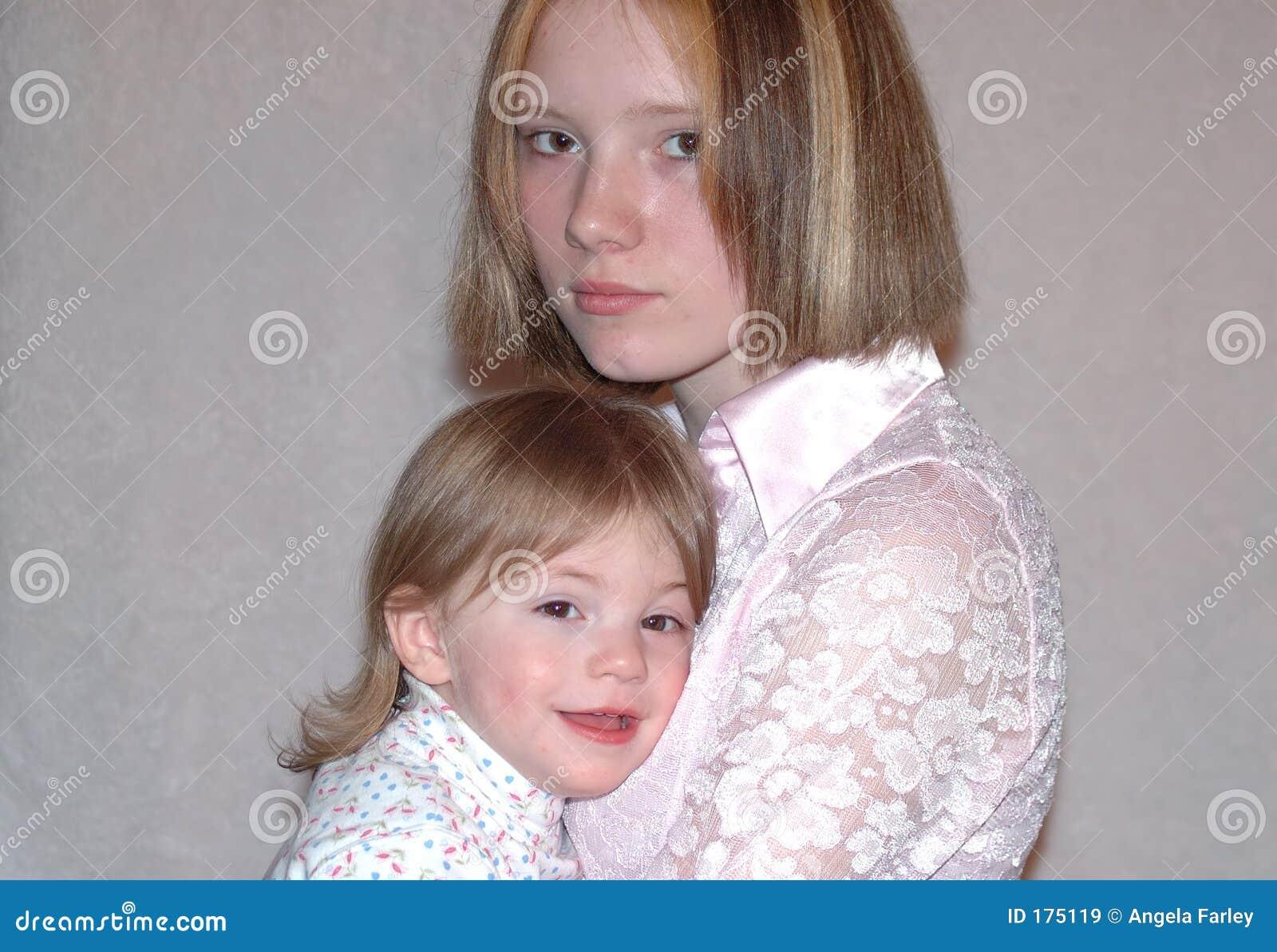 Madre adolescente/hermanas