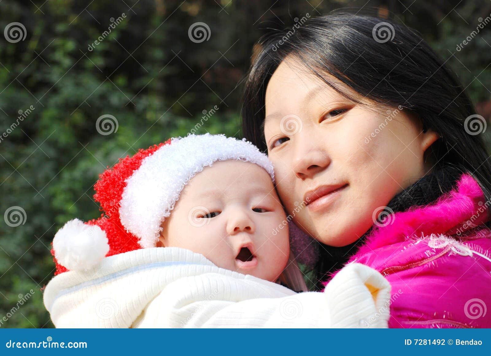 Madre e hijo de la Navidad
