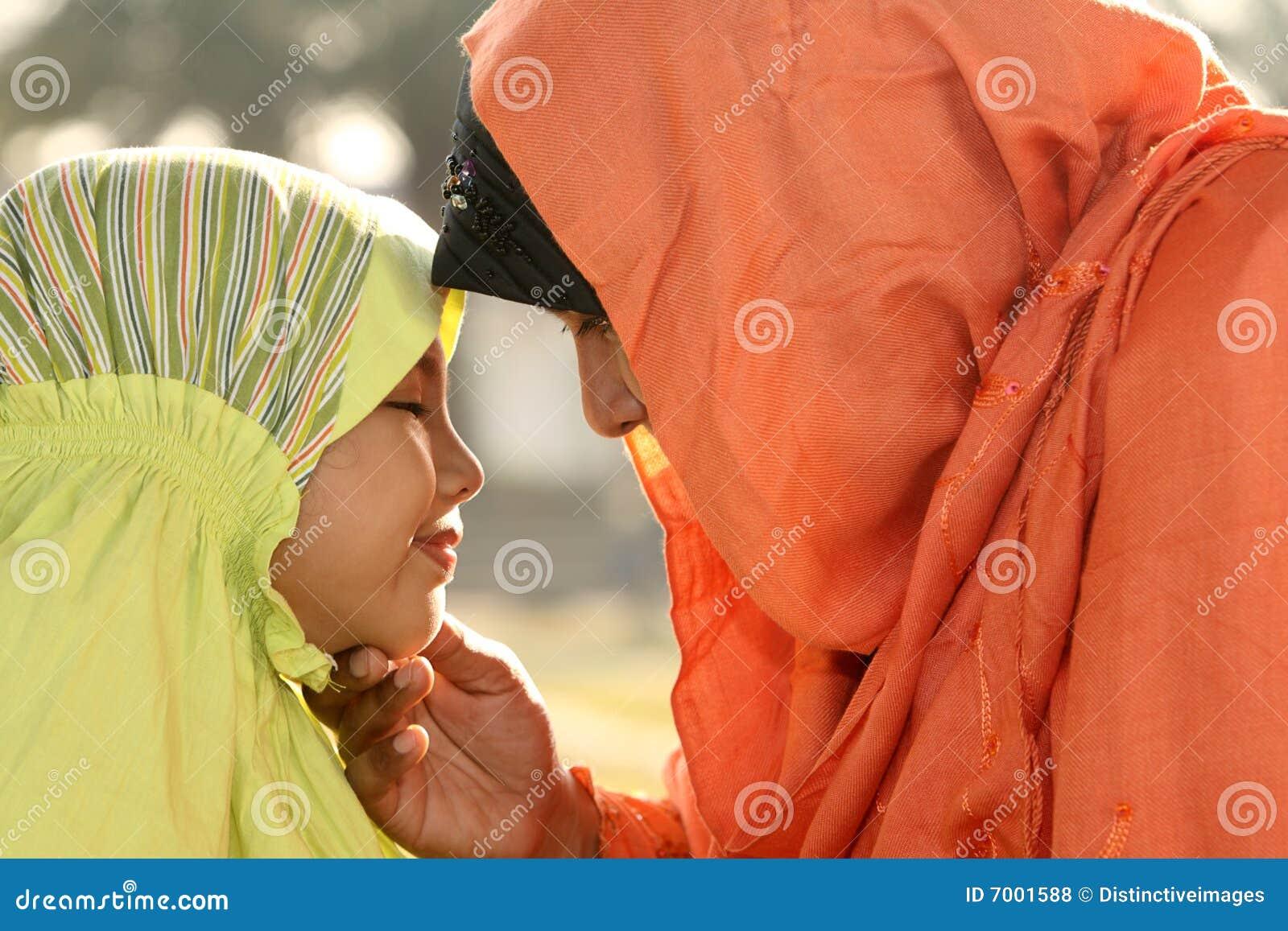 Madre y niño del Islam