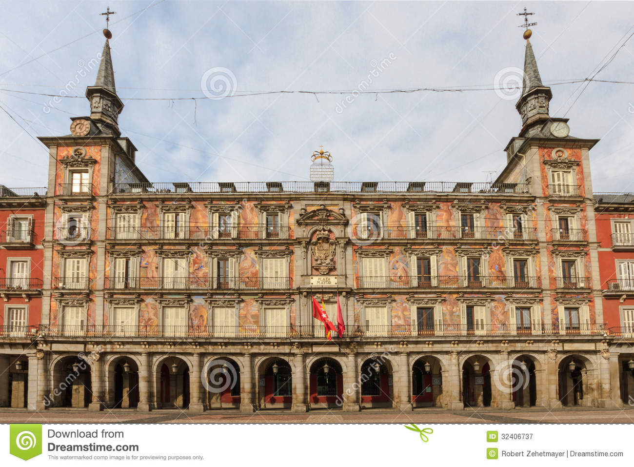Madrid plaza mayor facade of casa de la panaderia stock image image of panaderia casa 32406737 - Casa de la panaderia madrid ...