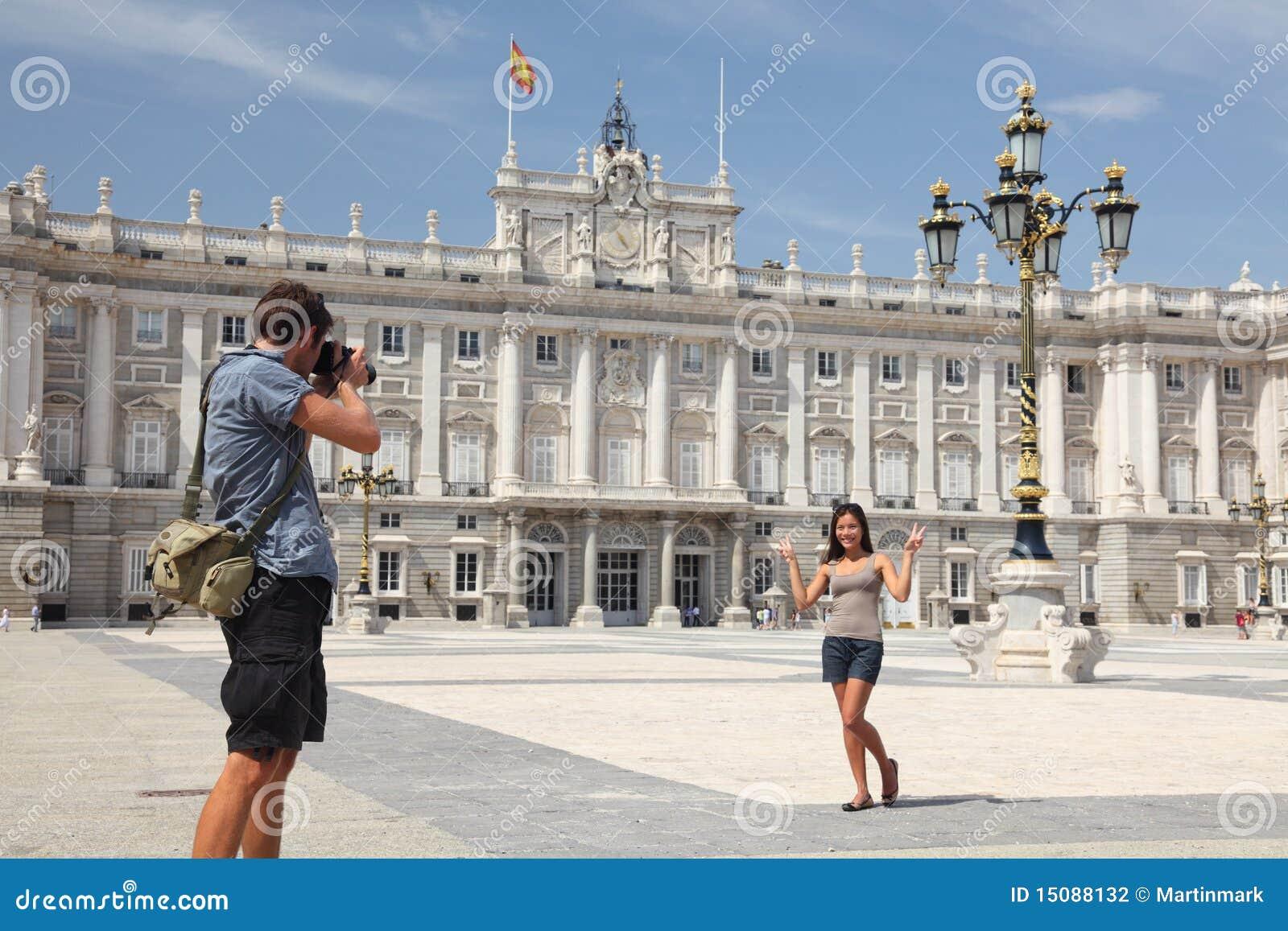 Madrid - Royal Palace tourists