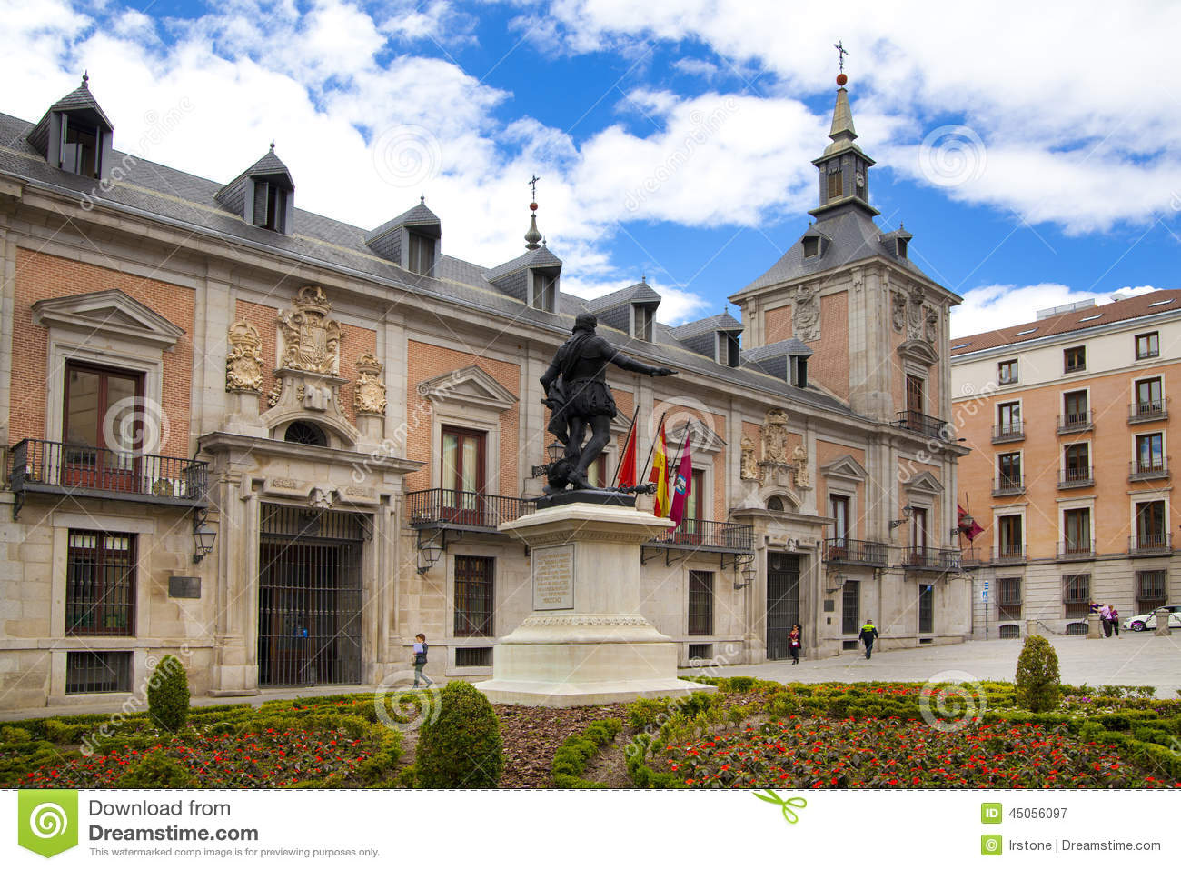 MADRID, SPAIN - MAY 28, 2014: Government buildings in old street
