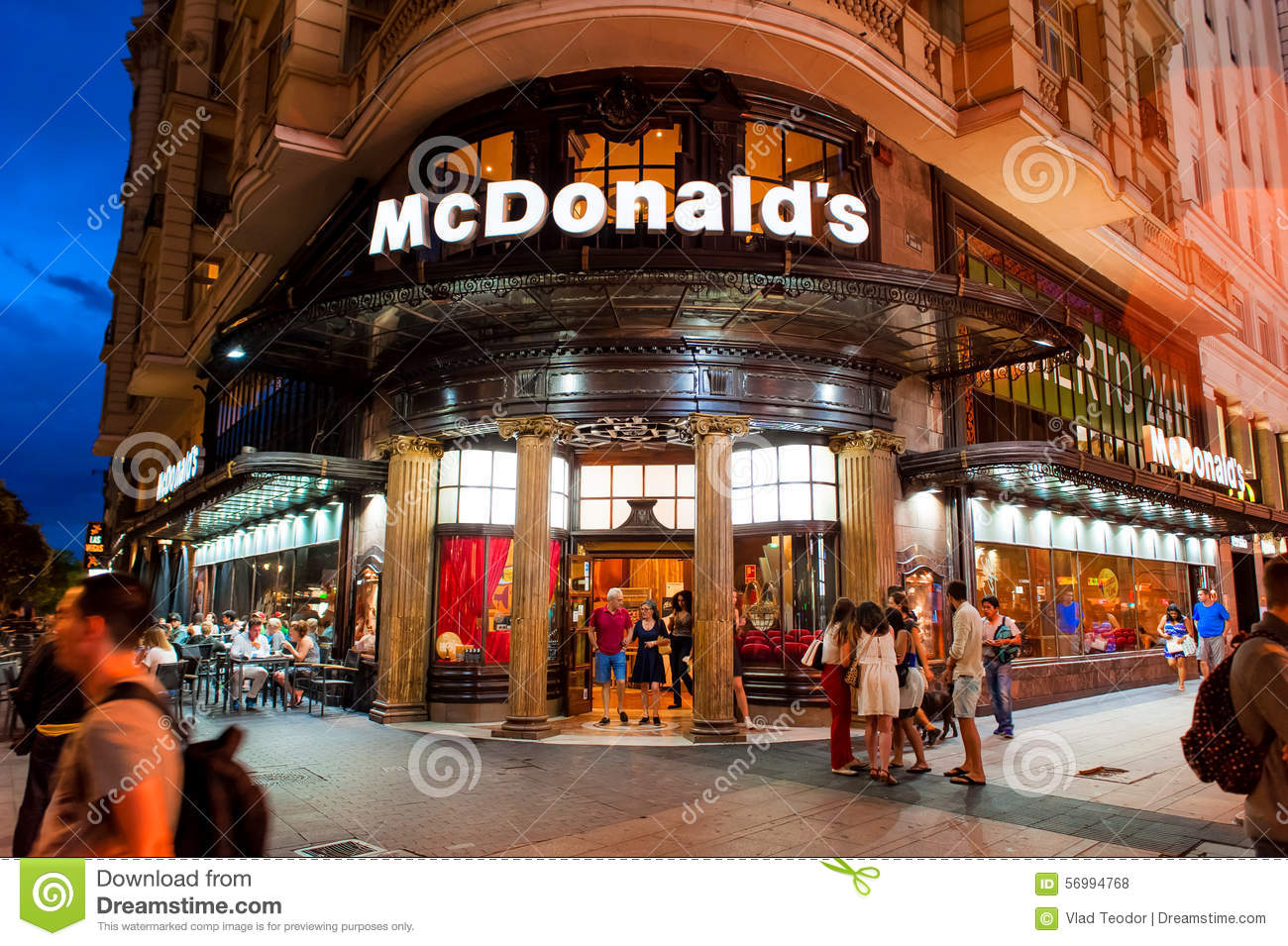 Madrid spanje 23 juni 2015 madrid spanje redactionele for Oficinas mcdonalds madrid