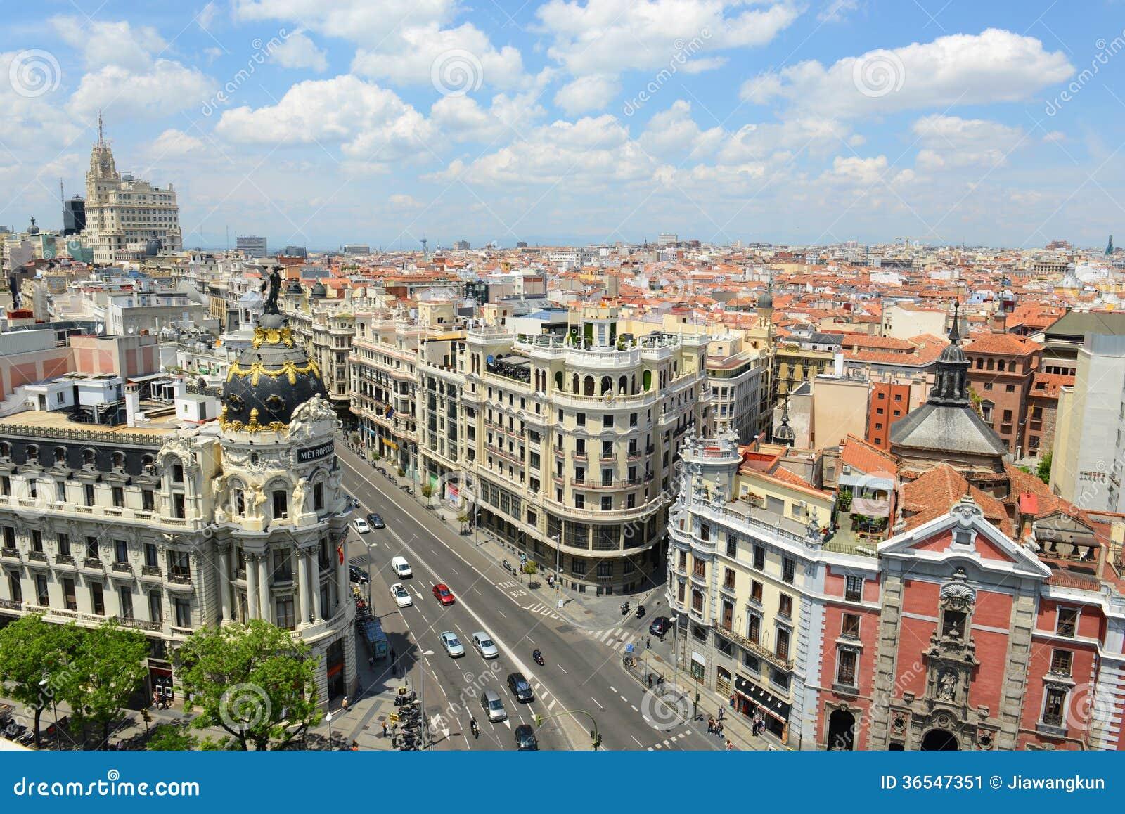 madrid stadt skyline spanien stockbild bild 36547351. Black Bedroom Furniture Sets. Home Design Ideas