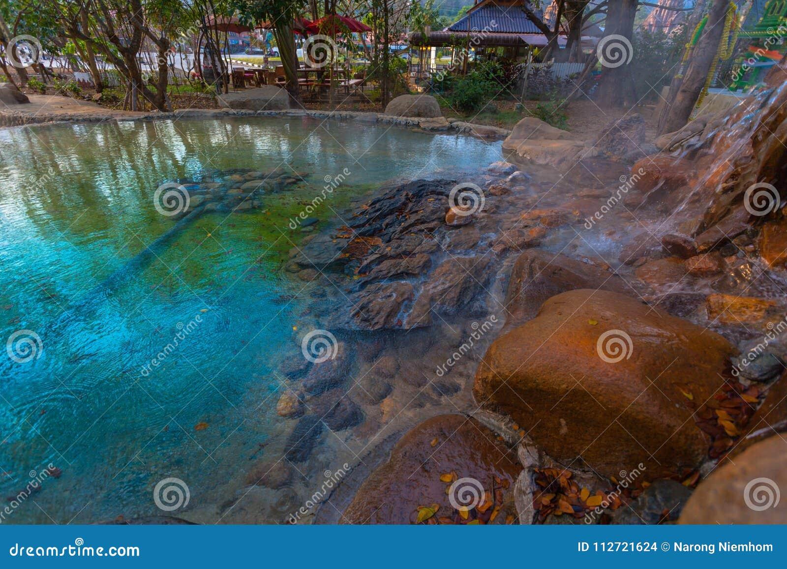 Mae Kajan Hot Spring en PA Pao Chiang Rai Thailand de Wiang