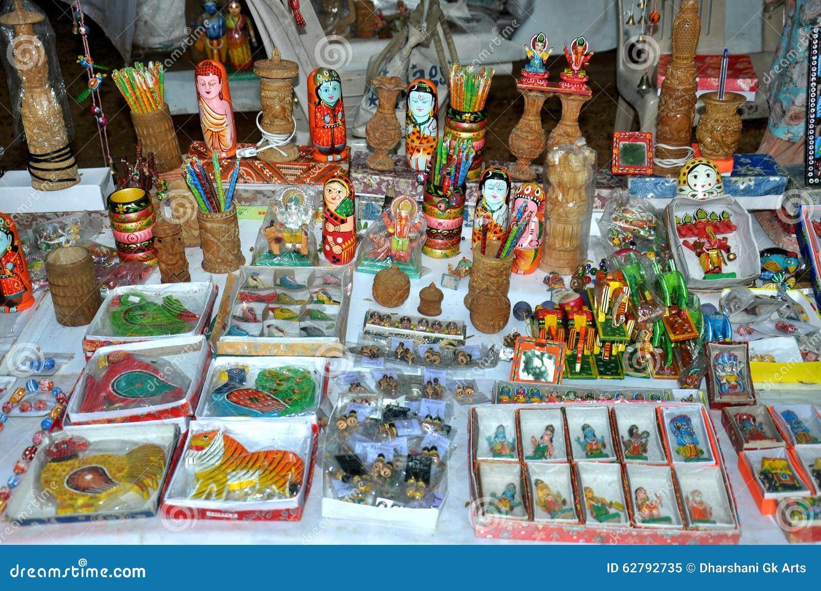 magasin d 39 antiquit s d 39 artisanat image stock image 62792735