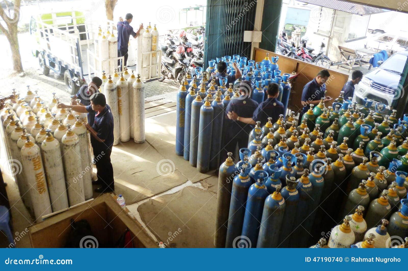 Magasin de bouteilles de gaz