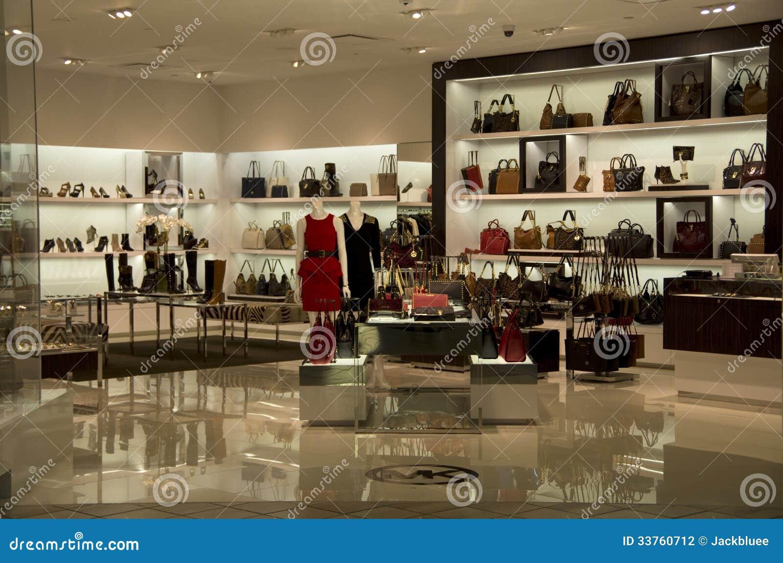 magasin de luxe de mode de bourse de sac main photographie ditorial image du conception. Black Bedroom Furniture Sets. Home Design Ideas