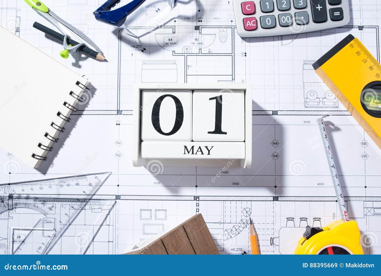 Calendario Internazionale.1 Maggio Calendario Giorno Internazionale Del Dei