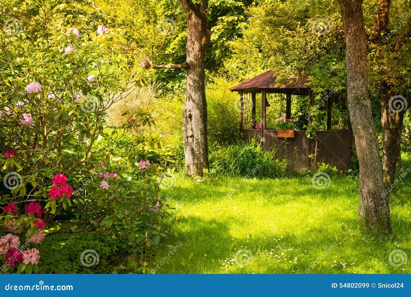 De Magische Tuin : Magische tuin stock afbeelding afbeelding bestaande uit