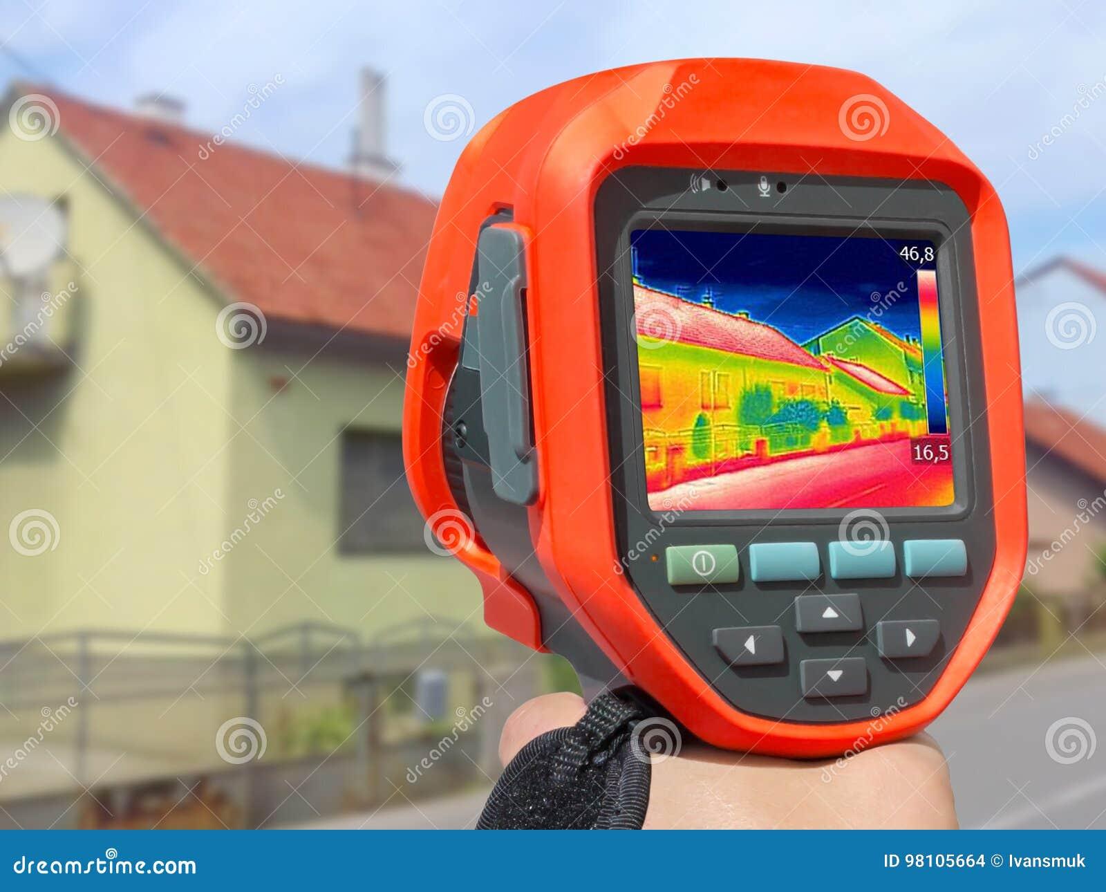 Magnetofonowy dom Z Infrared Termiczną kamerą