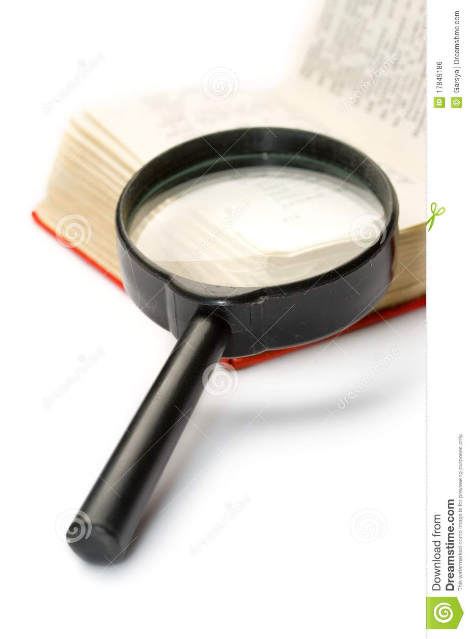magnifying glass book report Defect report for virtual magnifying glass - 22nd march 2010 - free download as word doc (doc / docx), pdf file (pdf), text file (txt) or read online for free.