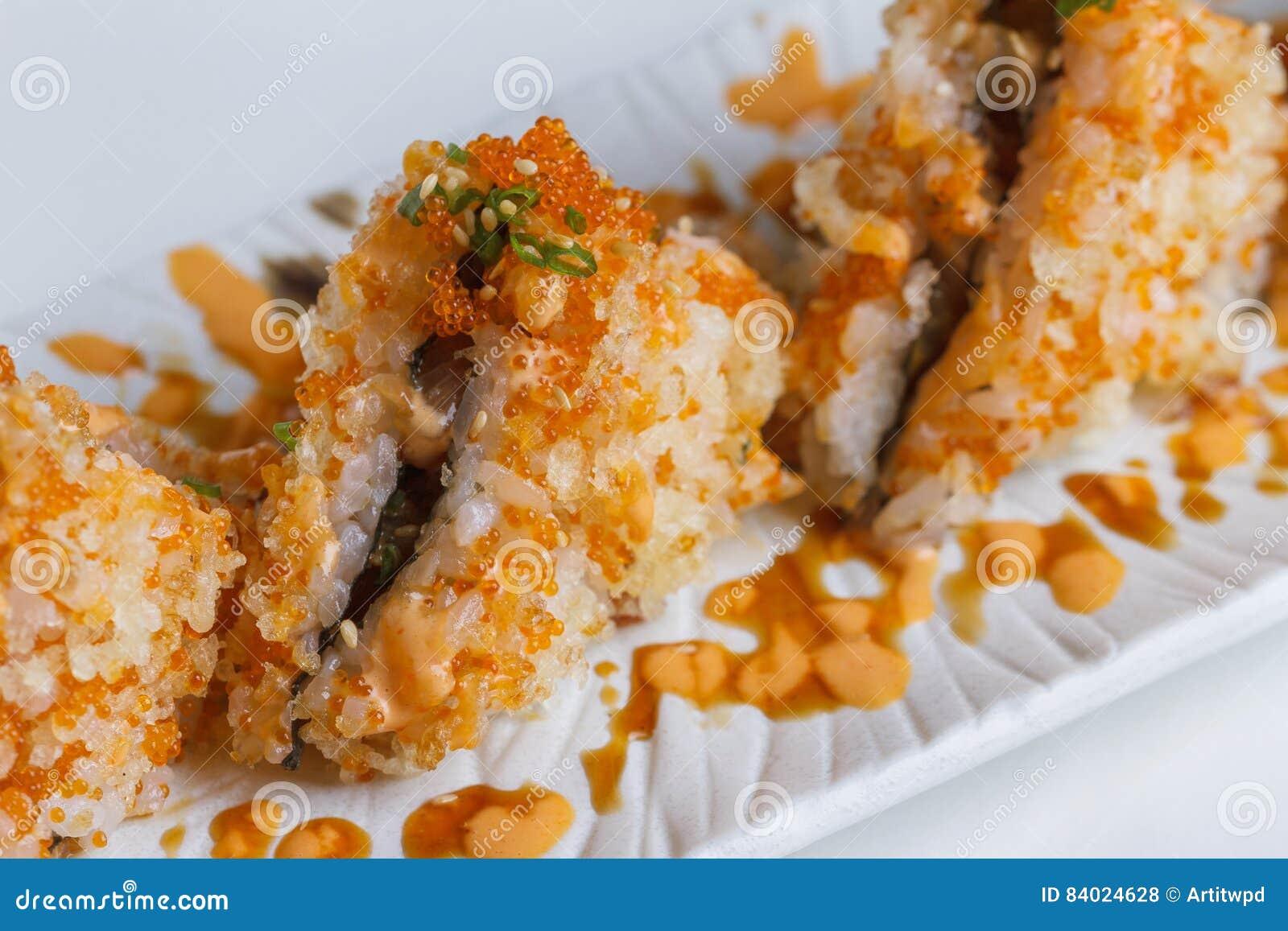 Maguro Onigiri Japanese Rice Ball : Rice With Ebiko Wrap