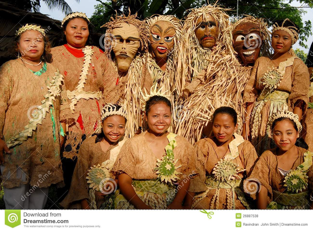 asli senoi The senoi praaq (war people), (malay: orang perang) is a unit of the royal malaysia police made up almost entirely of the tribal people of peninsular malaysia known as the orang asli (aborigines.