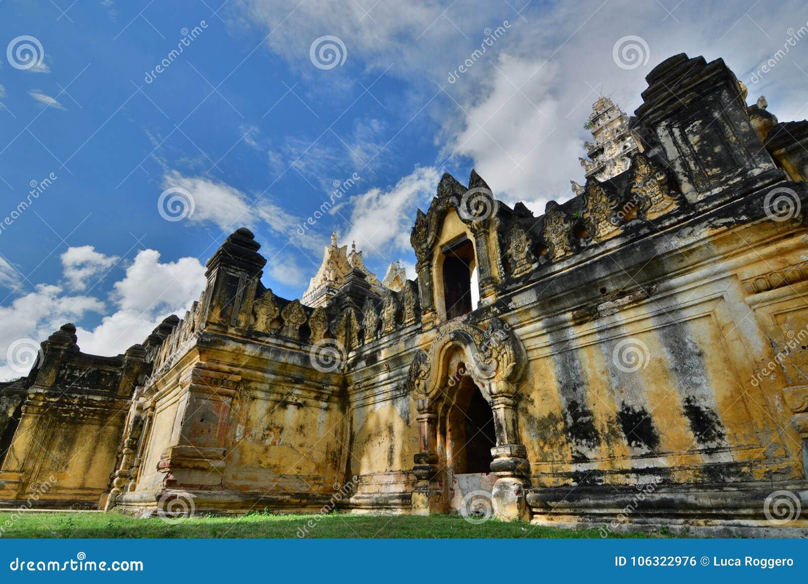 Maha Aungmye Bonzan Monastery Inwa Regione di Mandalay myanmar