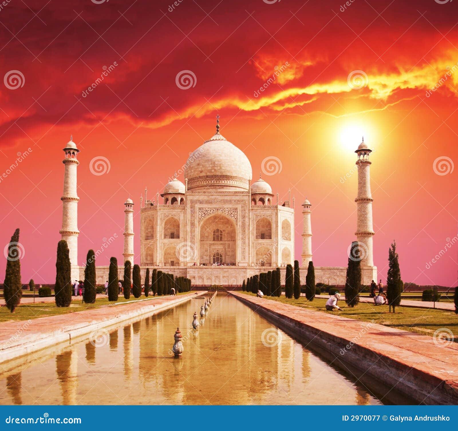 Mahal παλάτι της Ινδίας taj