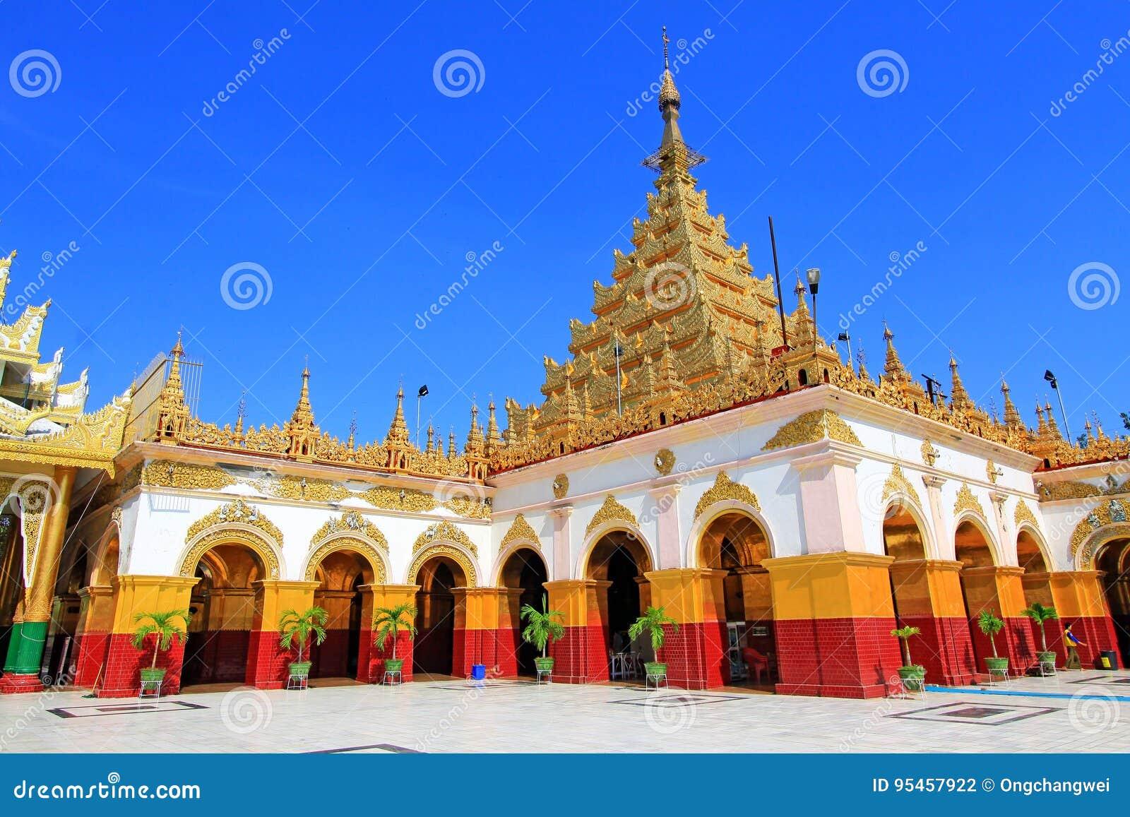 Mahamuni Buddha Temple, Mandalay, Myanmar
