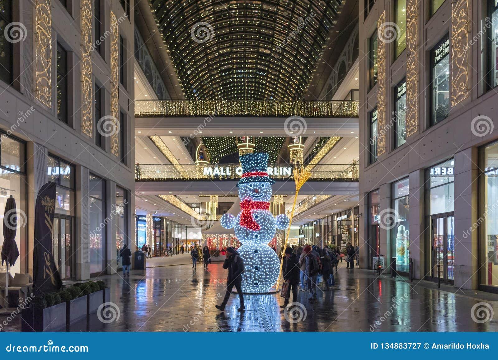 Mail De Décoration Intérieure De Noël De Berlin Photographie ...