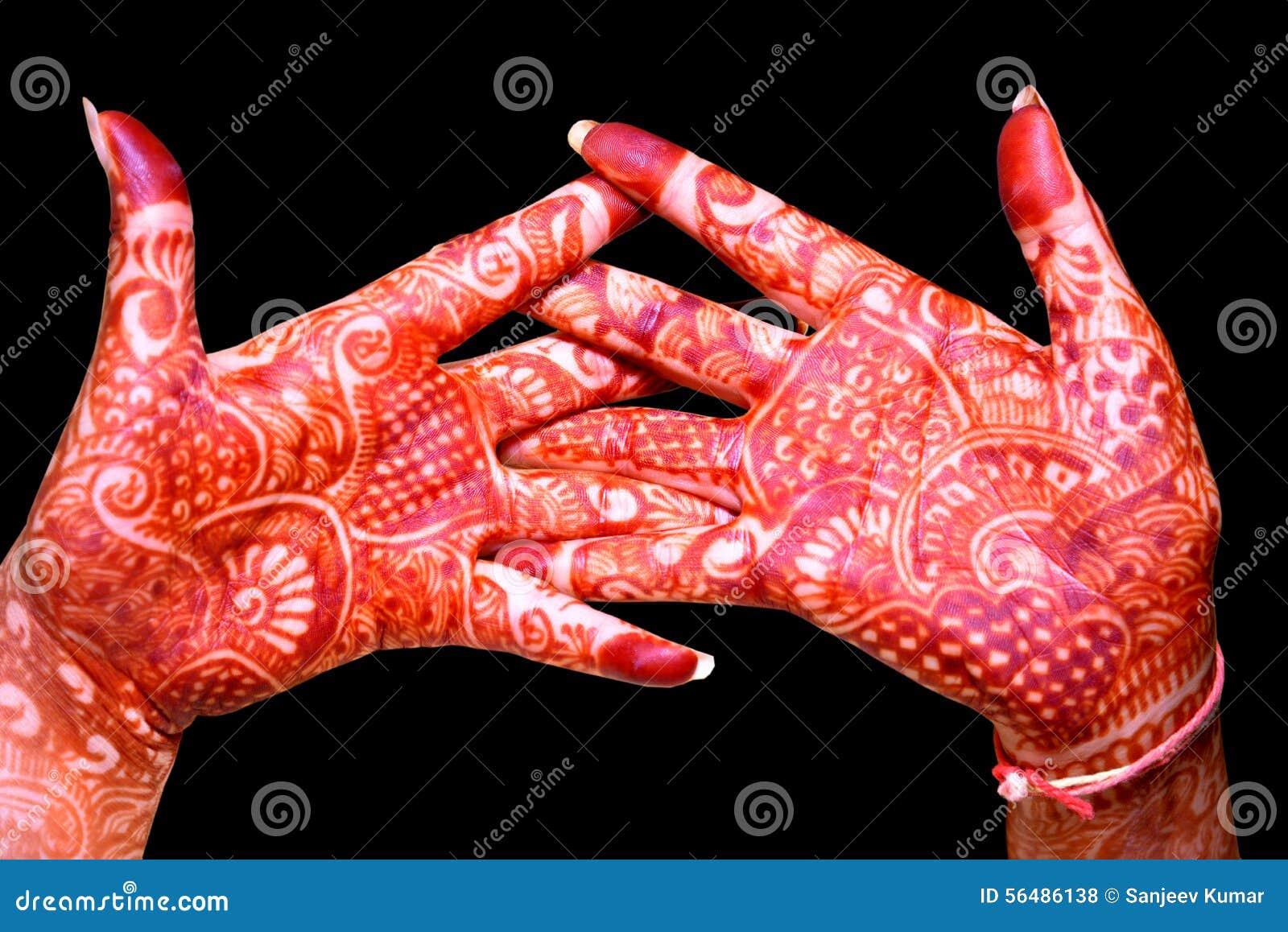 Main avec la conception de Heena