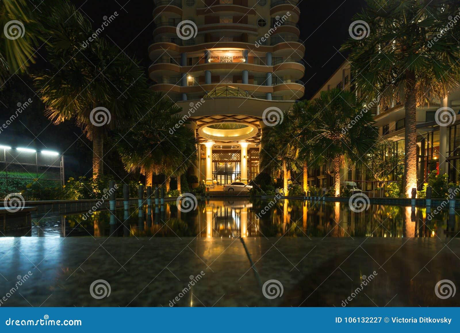 Main Entrance Of Long Beach Garden Hotel And Spa At Nigh Editorial ...