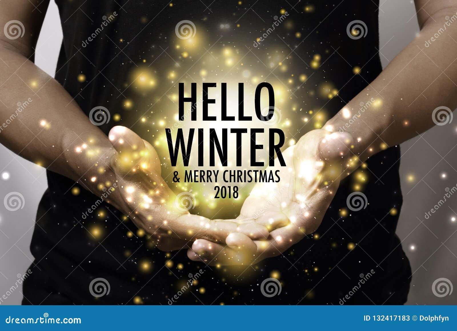 Main montrant l hiver de bonjour