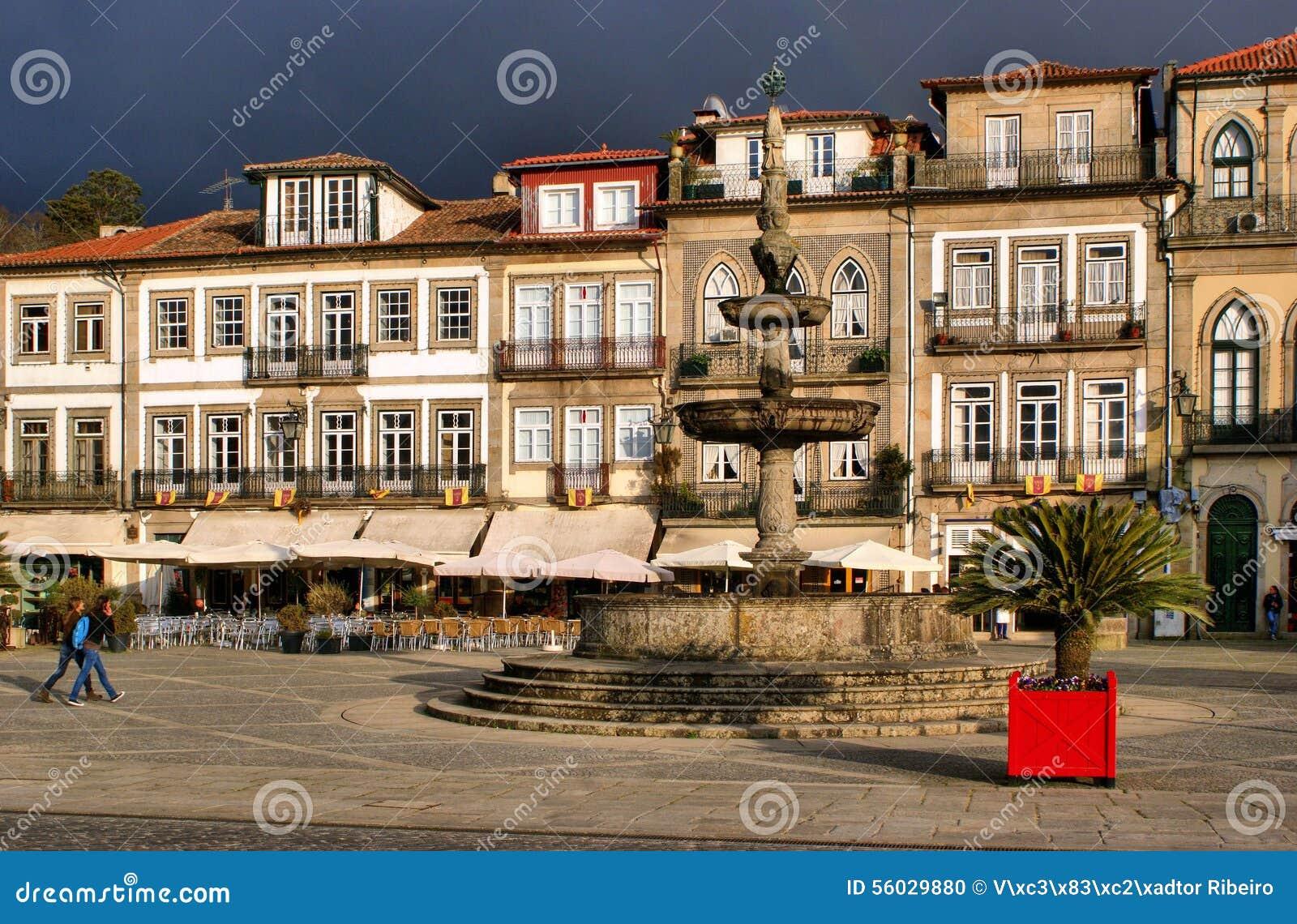 Main square Largo de Camoes