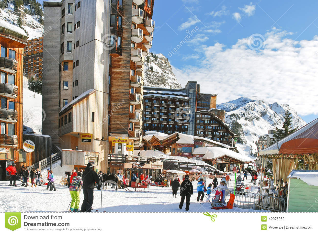 main street in avoriaz town in alps france editorial stock image image of cityscape downhill. Black Bedroom Furniture Sets. Home Design Ideas