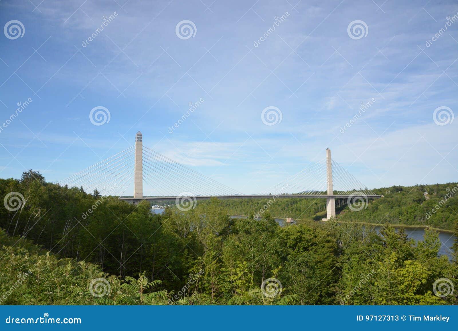 Maine rzeki most