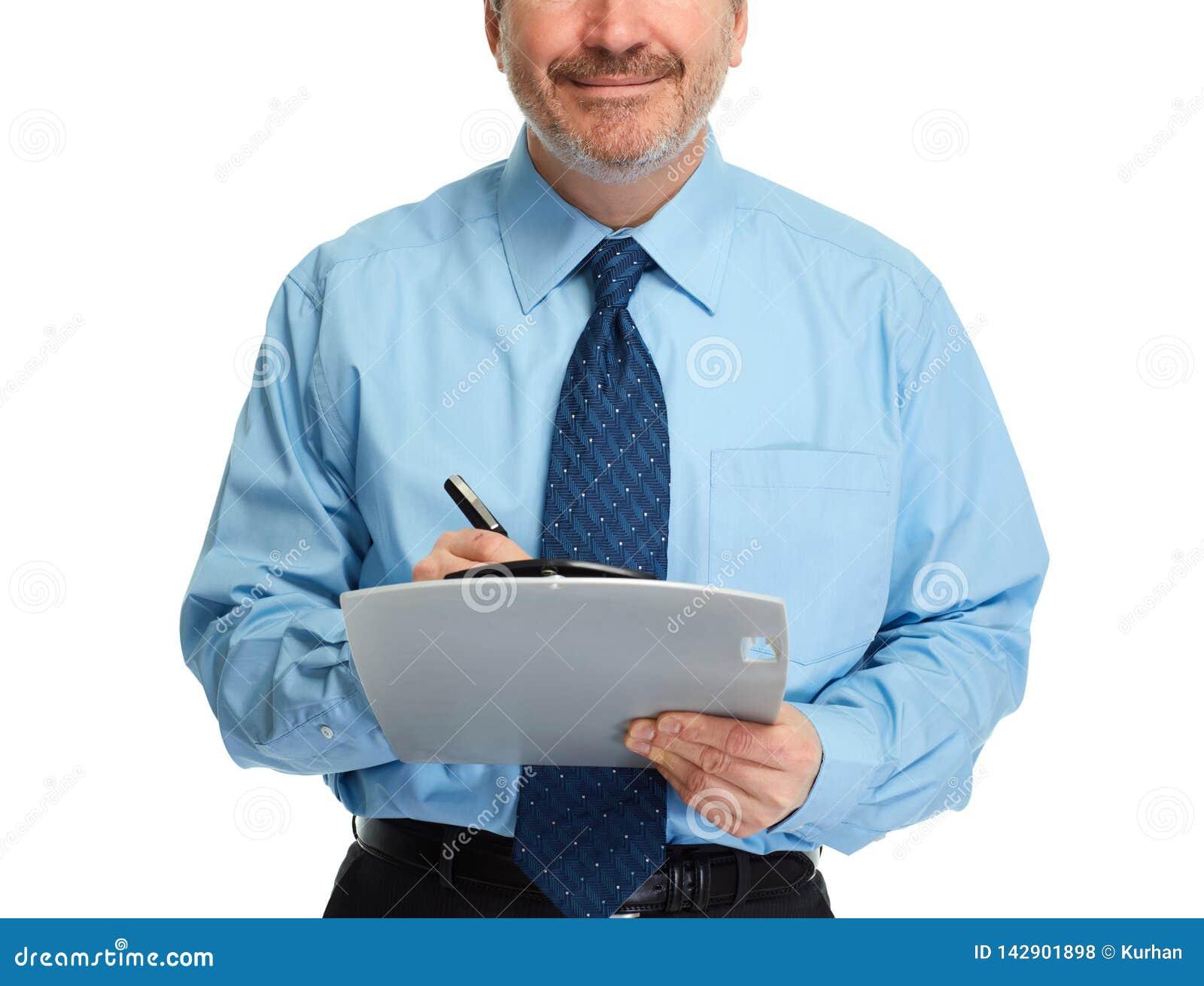 Mains d homme d affaires avec le presse-papiers